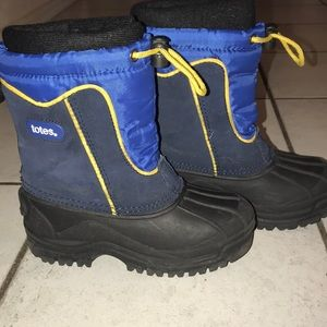 Totes kids snow boot 13